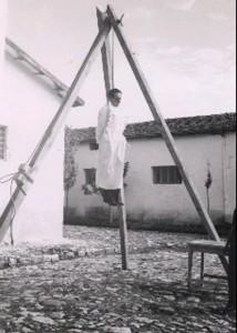 গণতান্ত্রিকভাবে নির্বাচিত প্রথম তুর্কি প্রধানমন্ত্রী আদনান মেন্দেরিসকে ফাঁসি দেয় সামরিক জান্তা
